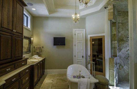 Seldes Tampa Designer Luxury Bath