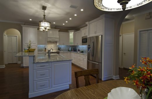 Seldes Tampa Designer White Kitchen