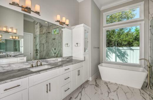 Seldes/IDC Tampa Designer Homebuilder Master Bath